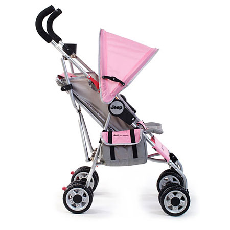 This Kolcraft stroller is safe, lightweight and highly maneuverable.