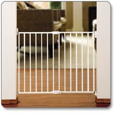 Munchkin Extending Metal Gate Product Shot