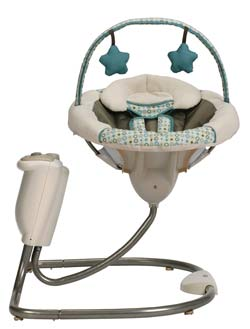 Graco Sweet Snuggle Infant Soothing Swing Product Shot