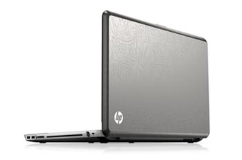 HP ENVY 17-1011NR laptop PC Right View