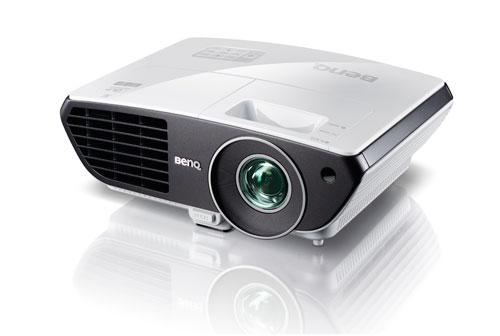 World s first hd short throw projector click to enlarge for Hd projector amazon