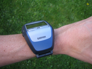 fore205 2 sm Garmin Forerunner 205 GPS Receiver and Sports Watch