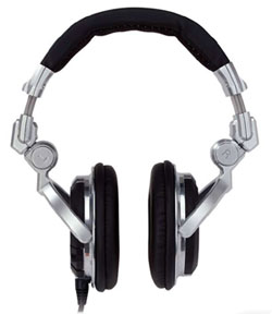 Pioneer HDJ-1000 headphones