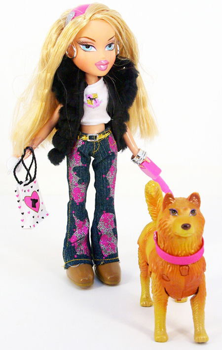 Amazon.com: MGA Bratz Special Feature Walking Doll, Cloe: Toys & Games