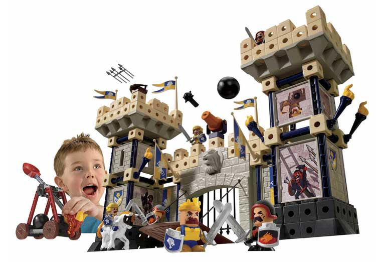 Toy Castles For Little Boys : Amazon fisher price trio king s castle toys games