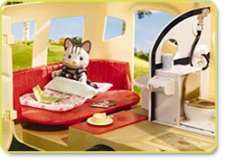 Calico Critters Caravan Family Camper Product Shot