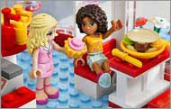 c26 B005VPRET4 3 s LEGO Friends City Park Cafe 3061