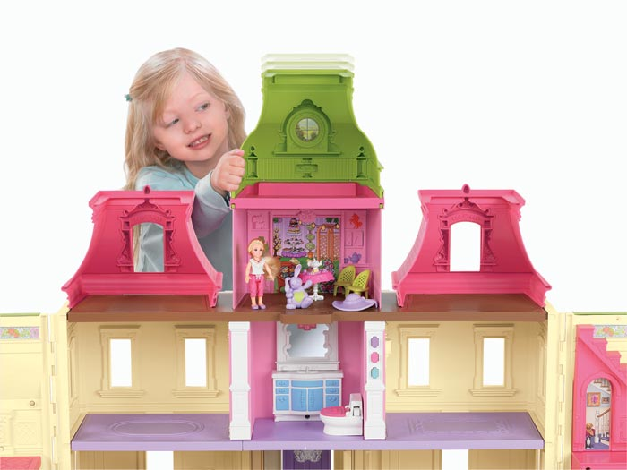 Amazon.com: Fisher-Price Loving Family Dream Dollhouse with Caucasian