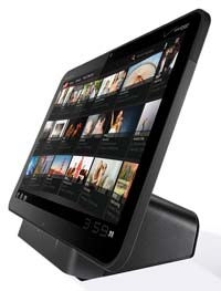 motorola xoom dock sm Motorola XOOM Android Tablet (Verizon Wireless)