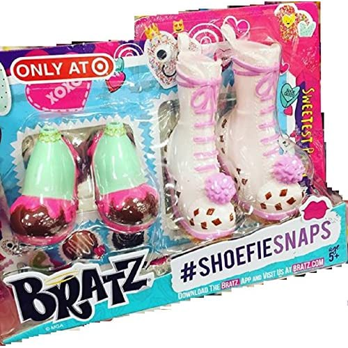 Image 3 of Exclusive 2016 Valentine's Day Bratz Shoefie Snaps Shoe Pack Toy