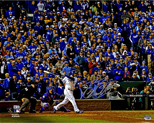 Mike Moustakas autographed photo of 2015 World Series