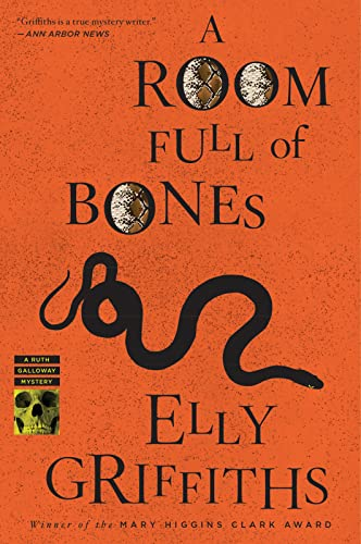 A Room Full of Bones (Ruth Galloway), Griffiths, Elly; Thawley, Emma