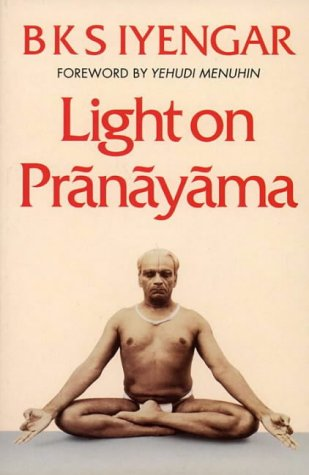 Light on Pranayama Pb