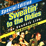 Pochette de l'album pour Sweatin' To The Oldies: The Vandals Live