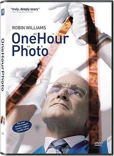 One Hour Photo / Фото за час (2002)