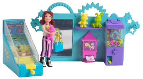 Polly pocket gotta game arcade with lila features a claw machine