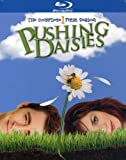 Pushing Daisies: Bzzzzzzzzz! / Season: 2 / Episode: 1 (2008) (Television Episode)