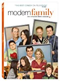 Modern Family: Good Cop Bad Dog / Season: 2 / Episode: 22 (2011) (Television Episode)