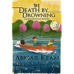 Death By Drowning (Josiah Reynolds Mysteries)