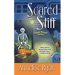 Scared Stiff (Mattie Winston Mysteries)
